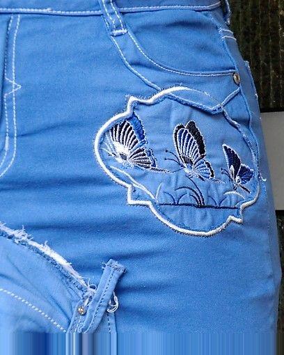 Königsblauer- Upcycling Jeansrock mit Rissen-Schmetterlingsstickerein