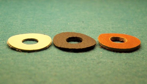 10*Lederscheiben schwarz 4 mm Stärke